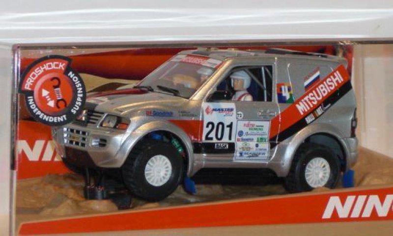 "Mitsubishi Pajero ""Khrol"" von NINCO"