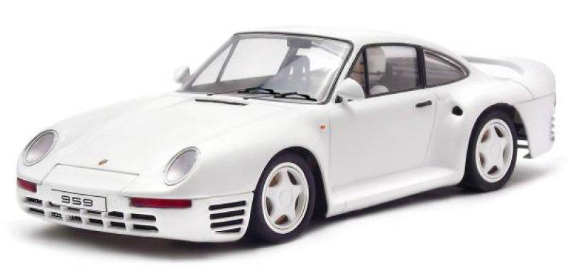Porsche 959 white Street Car
