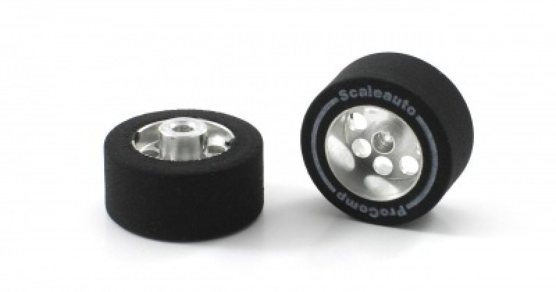 ProComp Alufelgen mit Reifen von Scaleauto 20,5x11 mm